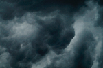 Met uw auto door storm en hagel? Zo voorkomt u schade.